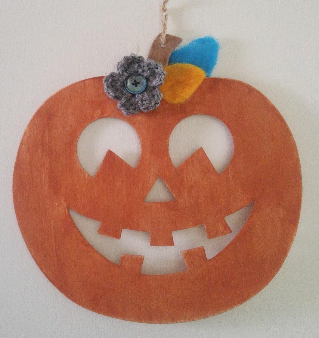 dollar tree pumpkin.jpg